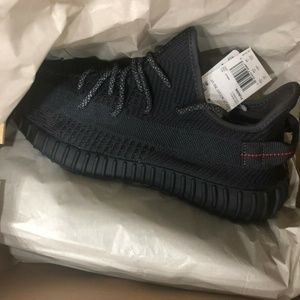 Adidas Yeezy Boost 350 V2 Triple Black Non-Reflect